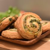 Spinach and cheese rolls